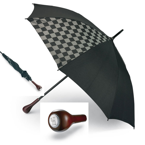 Ομπρέλες - Gear stick handle king size umbrella with fibreglass ribs and checkers decoration on 2 panels.